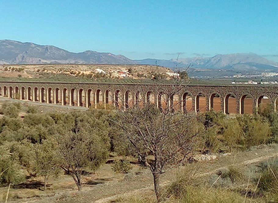 Fontanar Aqueduct
